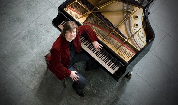 stephan-von-bothmer-pianist-589