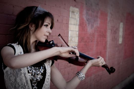 Lindsey-Stirling-2013_Eric Ryan Anderson
